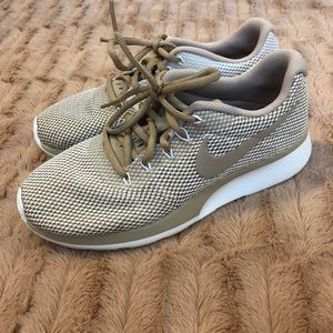 Nike Tanjun Racer Shoes